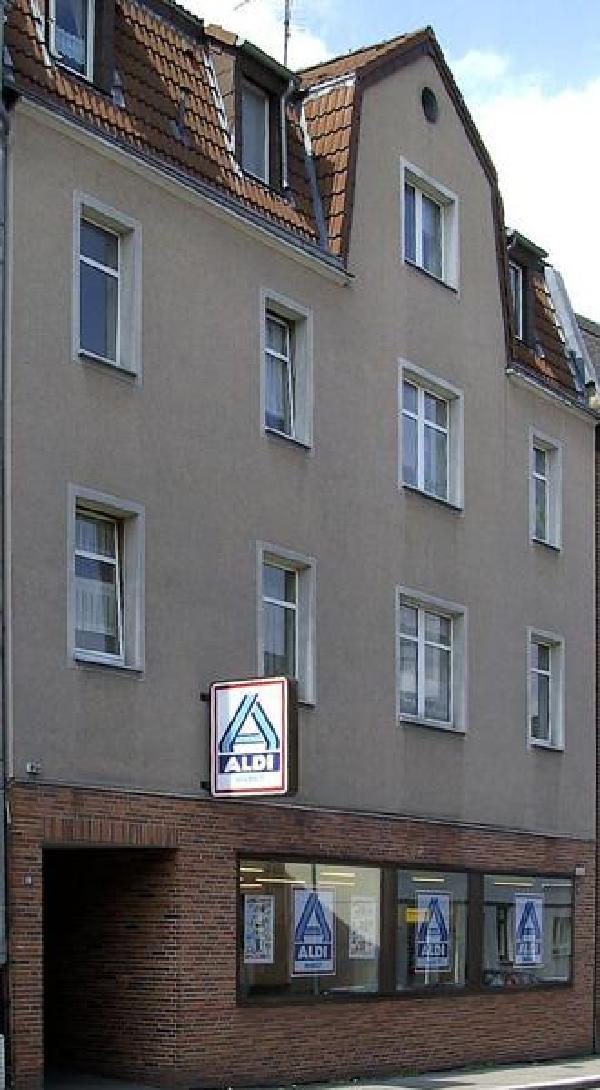 Erste ALDI-Filiale in der Essener Huestraße, 2006