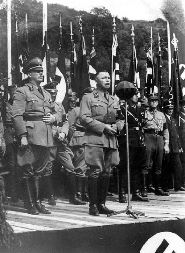 Josef Grohé auf dem Kreisparteitag der NSDAP am 13./14.6.1937 in Gemünd
