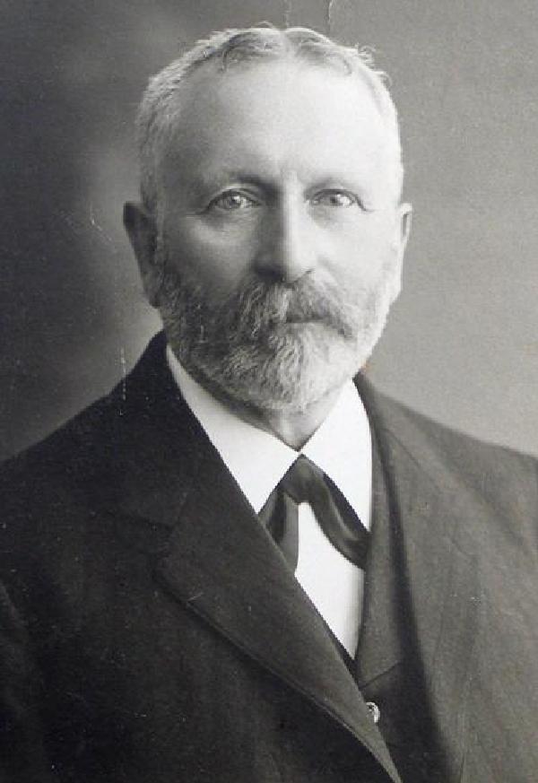 Heinrich Welsch, Porträtfoto, um 1900