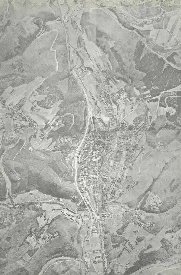 Luftbild von Münstereifel und Umgebung von 1972 im Verhältnis 1 : 10.000, Zusammengesetzt aus Luftbildkarten im Verhältnis 1 : 5.000