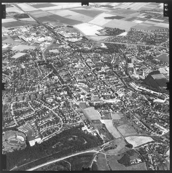 Schrägluftaufnahme Stadt Frechen von Westen, Ausschnittvergrößerung, 15.8.1973